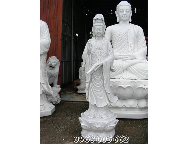 Hoan hỉ rước tượng Phật- nghênh đón lộc cả năm