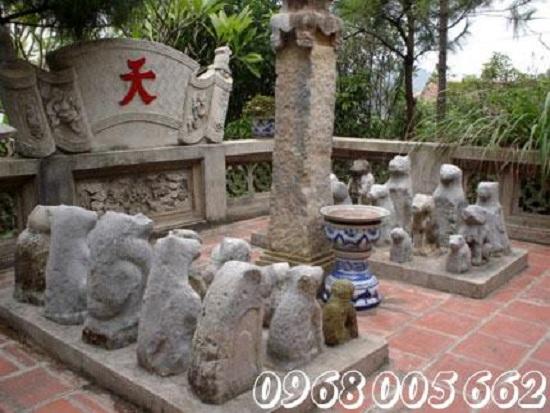 Tượng chó đá được sử dụng nhiều trong đời sống văn hóa người Việt