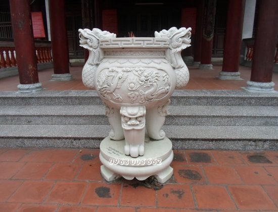 Lư hương đá được phân loại theo kích thước và hình dáng