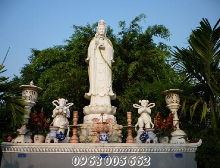 Phật Quan Âm độ cho chúng sinh, cứu khổ cứu nạn