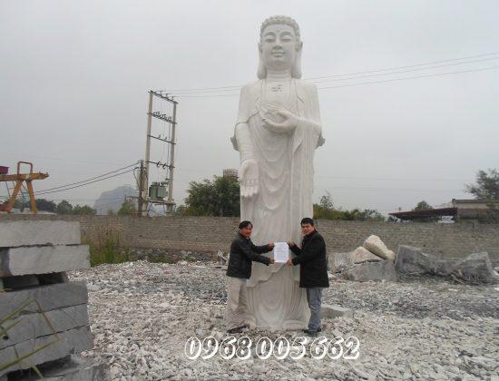 Tượng đá đẹp Xuân Mạnh là cơ sở chế tác tượng Phật A Di Đà bằng đá uy tín, chất lượng