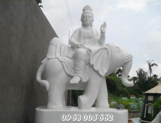 Thờ cúng tượng Phật đã trở thành một nét văn hóa lâu đời của người Việt