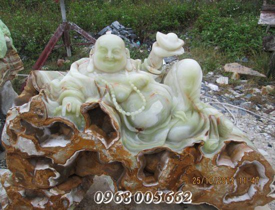 Phật Di Lặc là tượng thân của hòa thượng Bố Đại