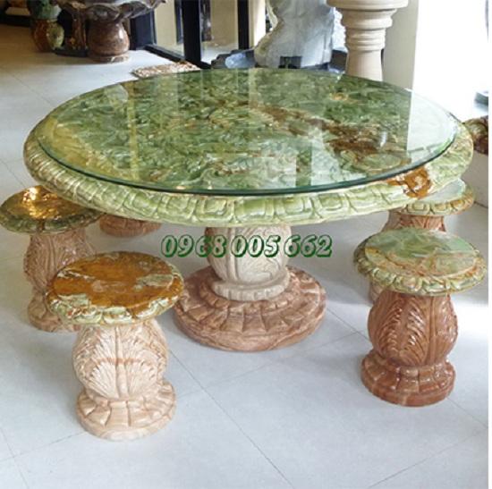 Mẫu bàn ghế đá cẩm thạch