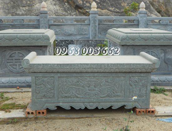 Bàn lễ đá có kích thước đa dạng