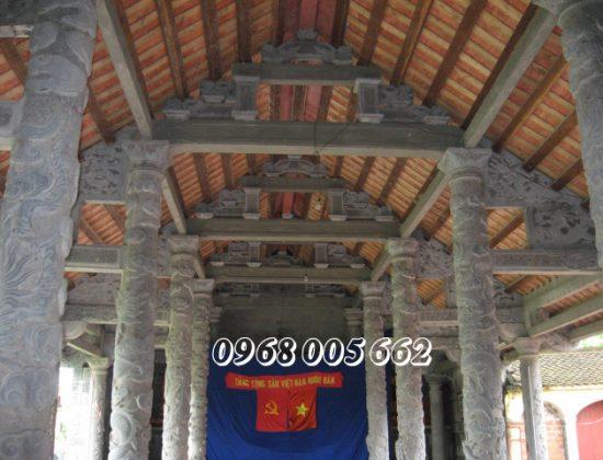 Cột đá xanh đen ứng dụng nhiều trong các công trình tâm linh