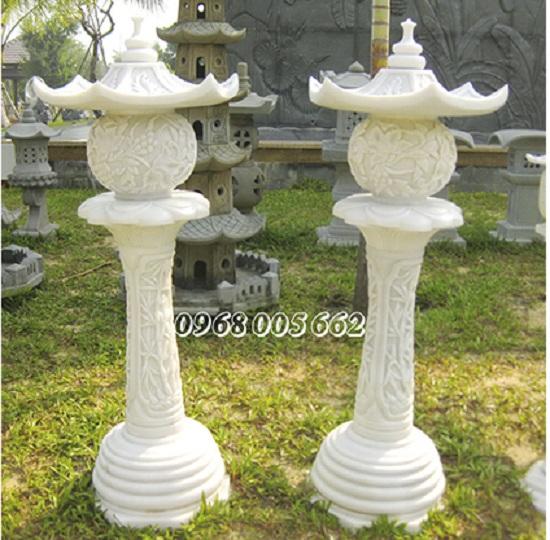 Loại đèn đá sân vườn đế cao