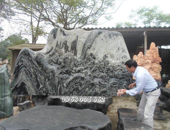 Phù điêu đá là sản phẩm có tính nghệ thuật cao