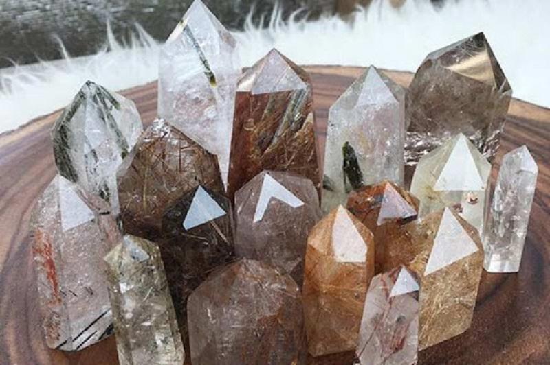 Trụ đá thạch anh có tác dụng tích cực với sức khỏe